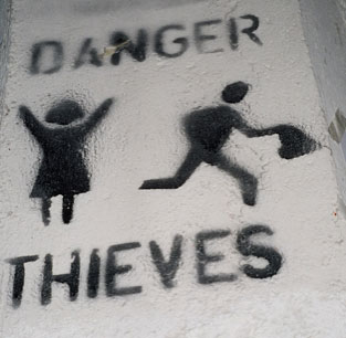 Imagesdanger-thieves-jun-05-small